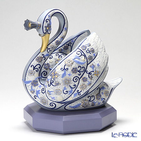リヤドロ 白鳥姫 01942