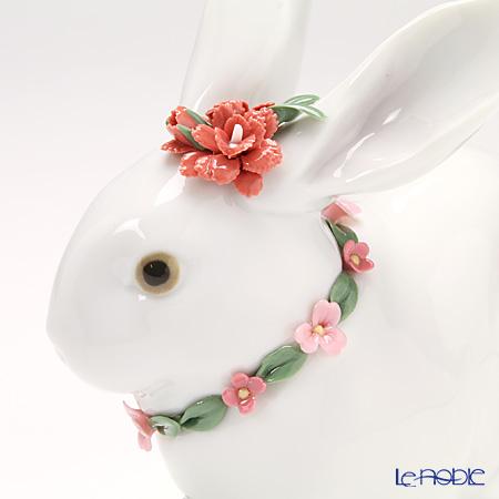 リヤドロ 花飾りの白ウサギ2(カーネーション)07578