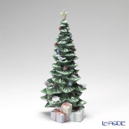 Lladro 'O Christmas Tree (with Gift)' 08220 Figurine H25cm