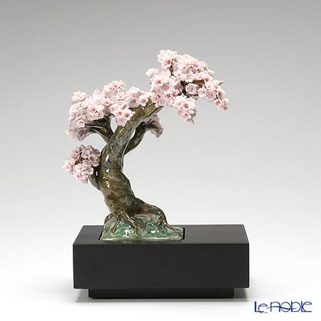 リヤドロ 桜 8361