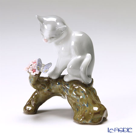 リヤドロ 桜の咲く頃 仔猫08382
