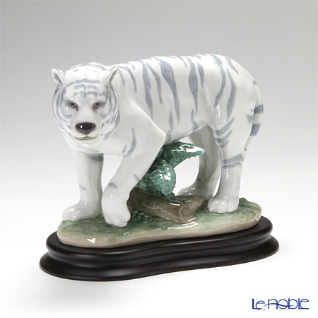 リヤドロ The Tiger 08465 「寅」 Chinese Zodiac Collection-干支-