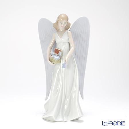 Lladro Angelic Stars (Tree Topper) 8534