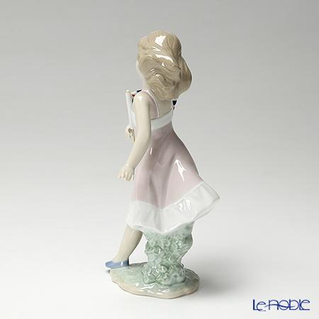 リヤドロ Pride in Your Kingdom(Girl)08604