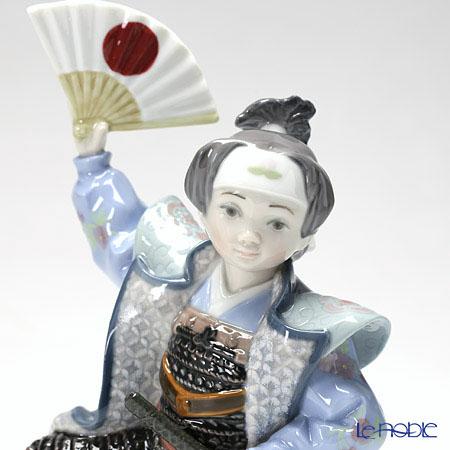 リヤドロ 桃太郎08641