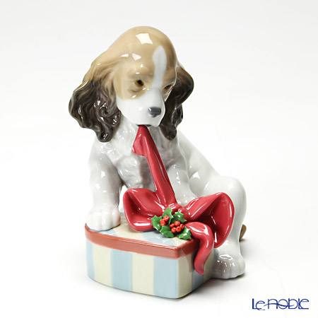 Lladro Can't Wait! (Christmas) 08692