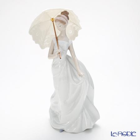リヤドロ 優雅な装い09170
