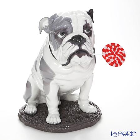 リヤドロ Bulldog with Lollipop ブルドッグとペロペロキャンディ 09234