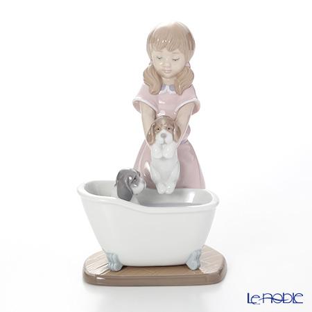 リヤドロ Bathing My Puppies 09280