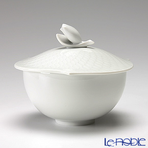 Meissen 'Waves Relief' White 000000/29970 Bowl with lid (Bud)