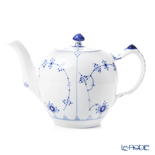 Royal Copenhagen Blue Fluted Plain Tea pot 100 cl 1101141