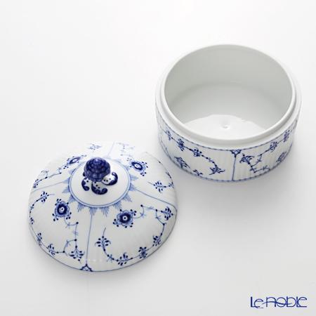 Royal Copenhagen 'Blue Fluted Plain' Round Box / Bonbonniere 12.5cm 1101175