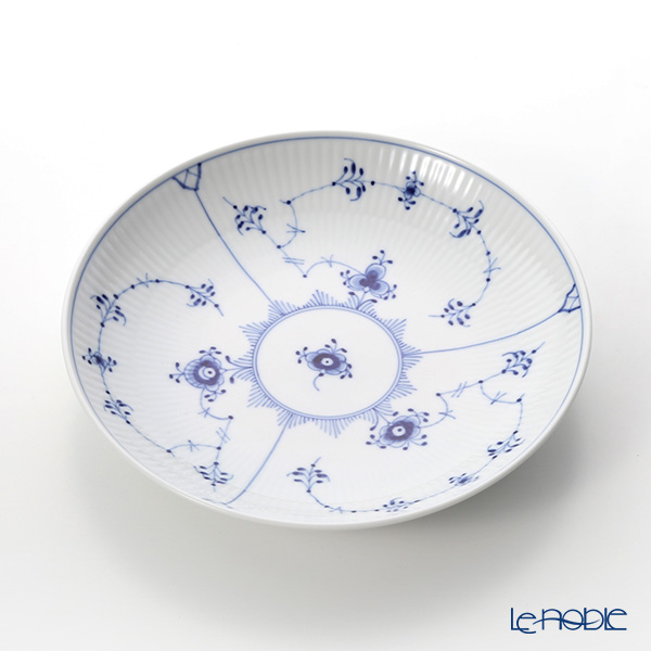 Royal Copenhagen 'Blue Fluted Plain' 1101730/1016776 Deep Plate 20cm