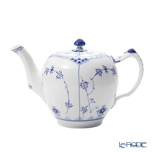 Royal Copenhagen Blue Fluted Half Lace Tea pot 100 cl 1102141