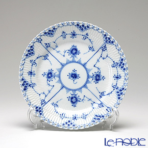 Royal Copenhagen Blue Fluted Full Lace Plate 19 cm 1103620