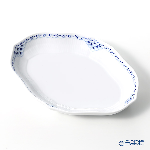 Royal Copenhagen 'Princess' 1104353 Oval Dish 22.5x16cm
