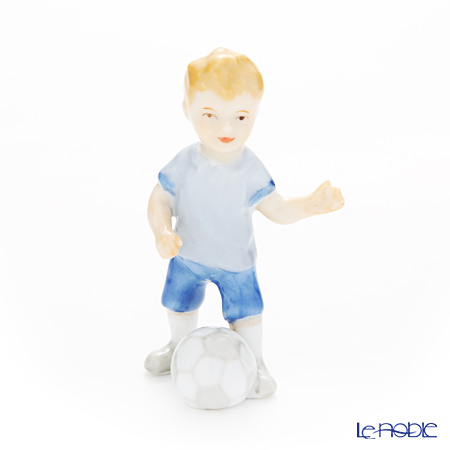 ロイヤルコペンハーゲン(Royal Copenhagen) チルドレンフィギュリン 男の子(サッカーボール) 8cm 1249268