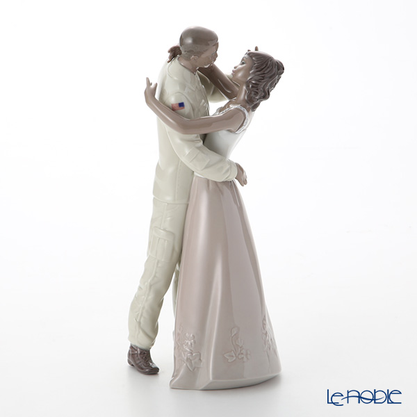 Nao 'Welcome Home (Returned Soldier)' 02001606 Couple Figurine H26cm