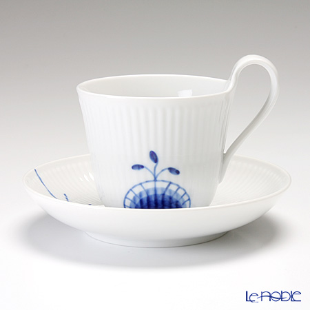 Royal Copenhagen Blue Fluted Mega High handle cup & saucer 25 cl 2381092