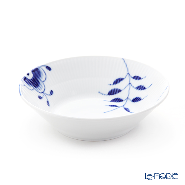 Royal Copenhagen 'Blue Fluted Mega' 2381600 Deep Plate 17cm