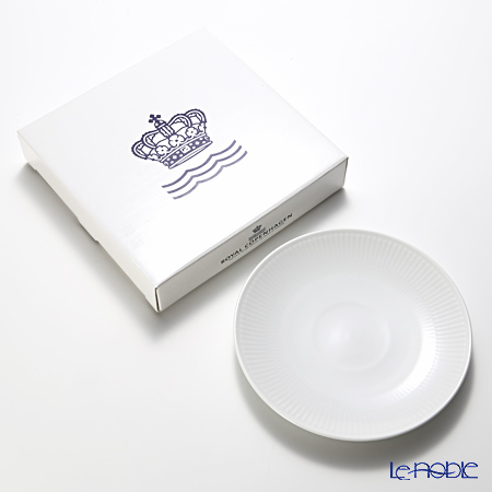 ロイヤルコペンハーゲン(Royal Copenhagen) ホワイト フルーテッド プレインクーププレート 19cm 2408729/1016943