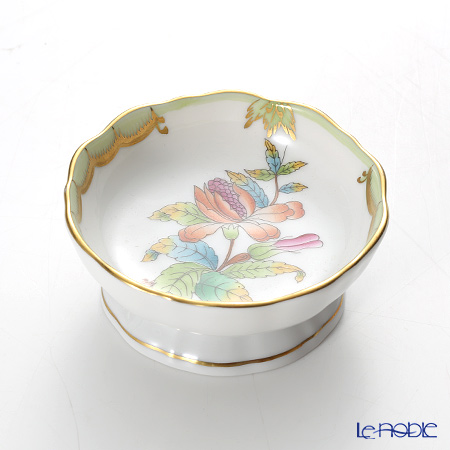 Herend 'Queen Victoria / Victoria avec Bord en Or' VBO 07720-0-00 Footed Ashtray