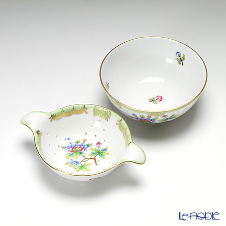 Herend 'Queen Victoria / Victoria avec Bord en Or' VBO 001453/01454 Tea Strainer with Bowl