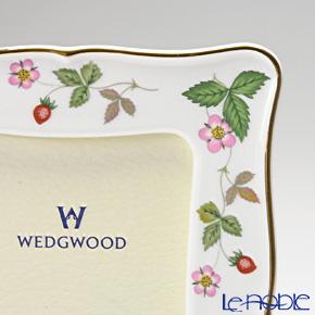 ウェッジウッド(Wedgwood) ワイルドストロベリートラディショナルピクチャーフレーム 17×13cm