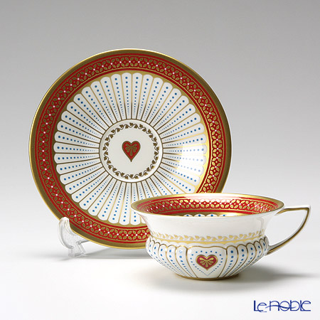 Wedgwood Harlequin Collection Queen Of Hearts Teacup and Saucer