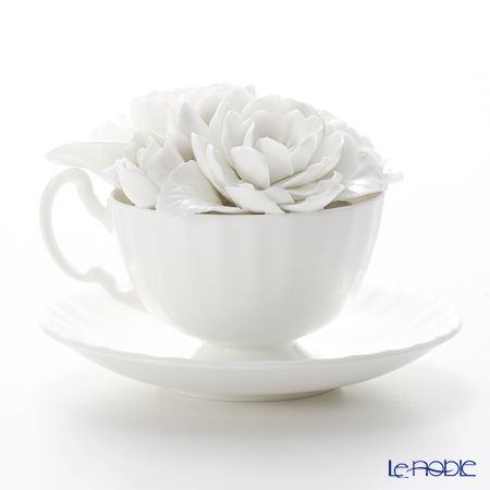 Aynsley 'Contemporary - Ranunclulus' White Floral Oban Cup & Saucer