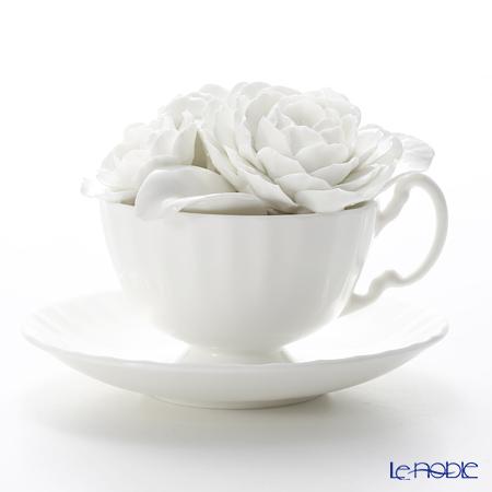 エインズレイ 陶花 コンテンポラリーフローラル ラナンキュラス ホワイト(ソーサー直径14.5cm)