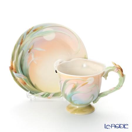 "Franz Collections The ""Southern Splendor"" swan design sculptured porcelain cup/saucer/spoon set FZ01546E"