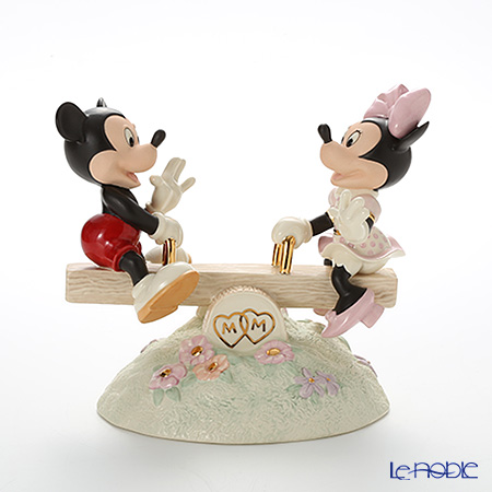 Lenox 'Disney - Mickey Mouse & Minnie Mouse / Mickey Sees True Love (Teeter Totter)' 3LNL806-461 Figurine H18.5cm