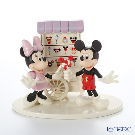 Lenox 'Disney - Sweet Treats with Mickey Mouse & Minnie Mouse (Wagon, Lollypop Candy)' 3LNL831-696 Figurine (set of 2)
