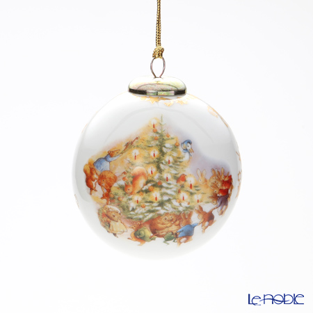 Reutter Porzellan 'Beatrix Potter - Peter Rabbit & Friends Christmas Party' 52.153/0 Ball Ornament
