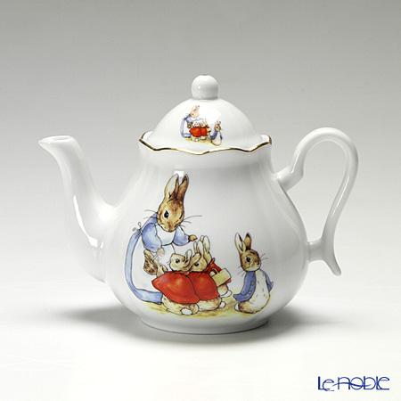 Reutter Porzellan From the World of Beatrix Potter Peter Rabbit Tea Pot 400 ml 059530/5
