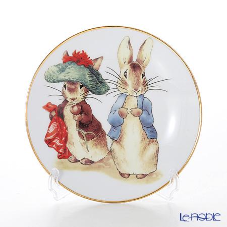 Reutter Porzellan 'Beatrix Potter - Benjamin Bunny & Peter Rabbit' 61.530/3 Plate 17cm with plate stand