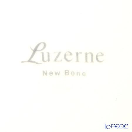 Luzerne Boutique Pattern SP0052 IV1401027 - 27 cm Round Rim Plate EM1027GD