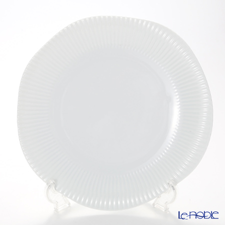 Luzerne 'Scallop' IS1501027 Plate 27cm