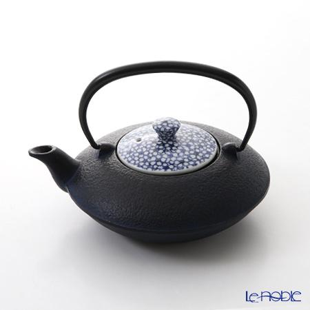 T. Nishikawa & Co. Inc - Kyoto ware / Kiyomizu ware  CI Tpot S w/ P Lid, Sometsuke Cherry Flower, T0101
