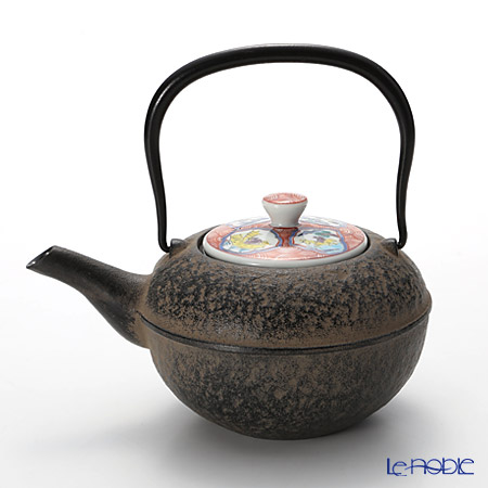Kyo ware / Kiyomizu ware 'Aka Madori Sansui' K0110 Iron Tea Pot Black 500ml