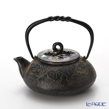 T. Nishikawa & Co. Inc - Kyoto ware / Kiyomizu ware  CI Tpot E Lid &CIlid, Gourd, M0132