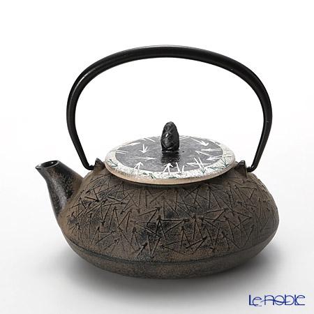 T. Nishikawa & Co. Inc - Kyoto ware / Kiyomizu ware  CI Tpot E Lid &CIlid, Pine SV, M0134