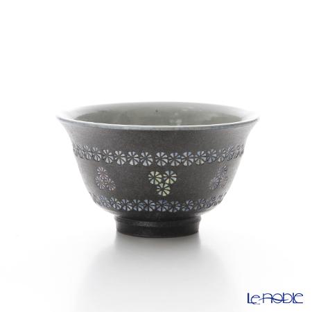 T. Nishikawa & Co. Inc - Kyoto ware / Kiyomizu ware  Kumidashi Teacup, Namban Obi Mishima, M0363