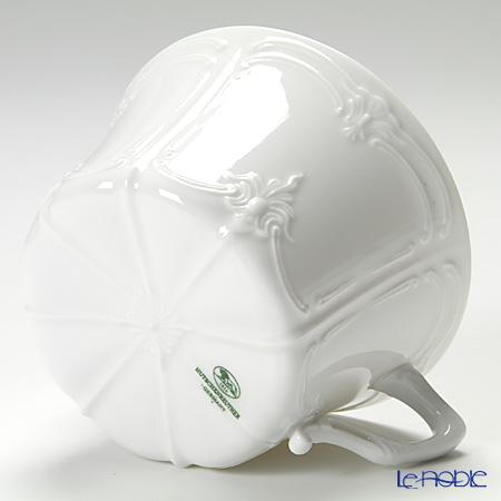フッチェンロイター(HUTSCHEN REUTHER) バロネスホワイトティーカップ&ソーサー 220cc