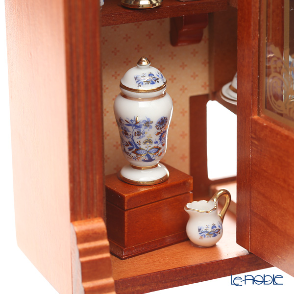 Reutter Porzellan Porcelain Shop 001.797/5 Miniature Room Box (L)