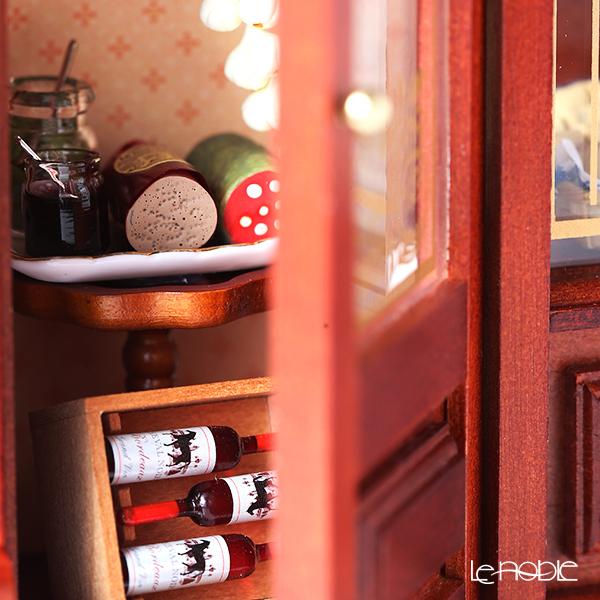 Reutter Porzellan 'Gourmet Food Store (Grocery Store)' 001.797/0 Miniature Picture Box (L)
