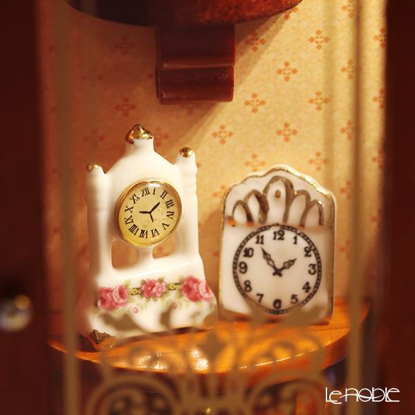Reutter Porzellan 'Watchmaker Shop' 102.797/6 Miniature Picture Box with LED Light (L)