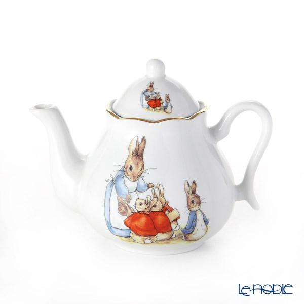 Reutter Porzellan 'Beatrix Potter Classic - Peter Rabbit Family' 060.555/0 Tea Pot