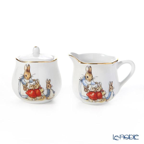 Reutter Porzellan 'Beatrix Potter Classic - Peter Rabbit Family' 060.531/0 Sugar Pot & Creamer (set of 2)